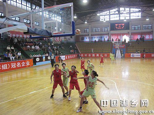 省运会青少年篮球比赛正式开战