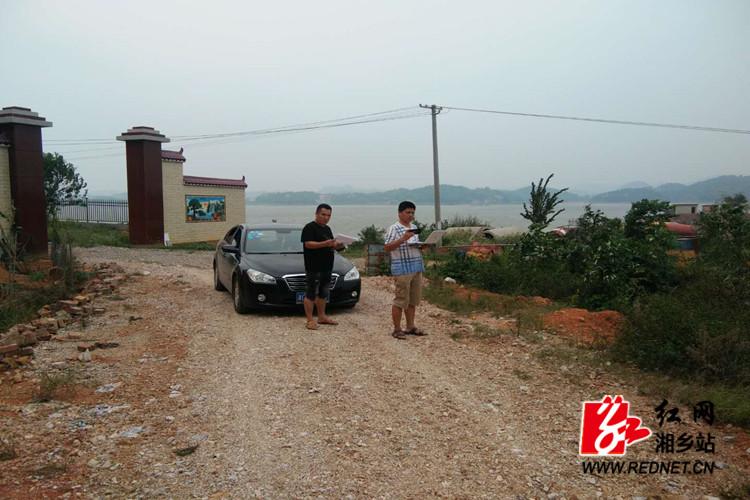 交通局:开展自然村通水泥路安全防护设计调查