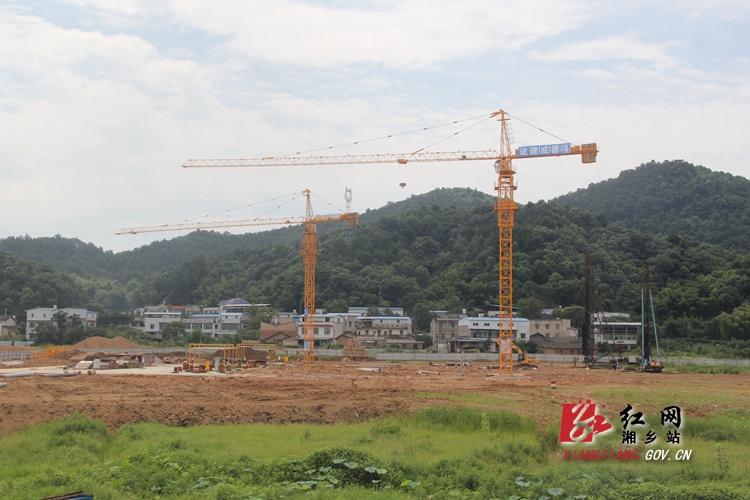 【重点项目建设】起凤学校预计7月底完成桩基建设