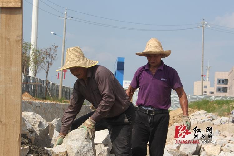 【重点项目建设】东台安置区区间道路预计10月底完成建设