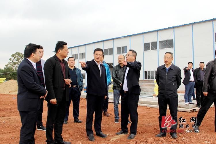 周俊文:加快垃圾焚烧发电和殡葬服务设施项目建设