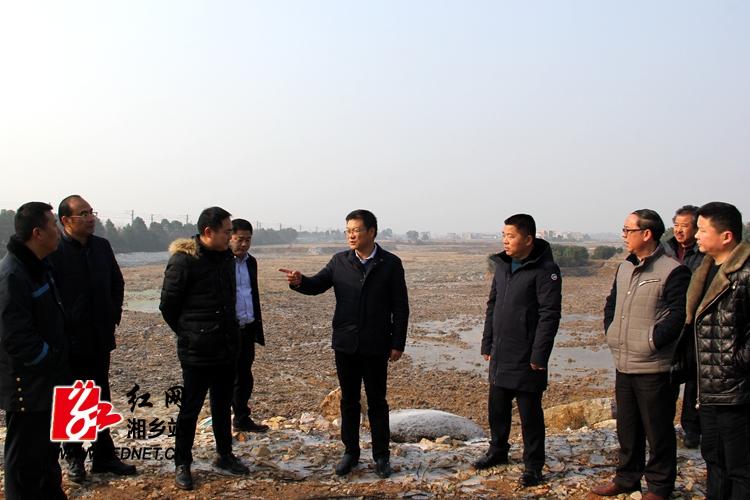 周俊文调研指导东郊现代农业示范园建设