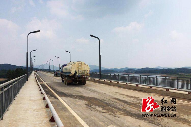 韶水公路一期工程正式交工通车