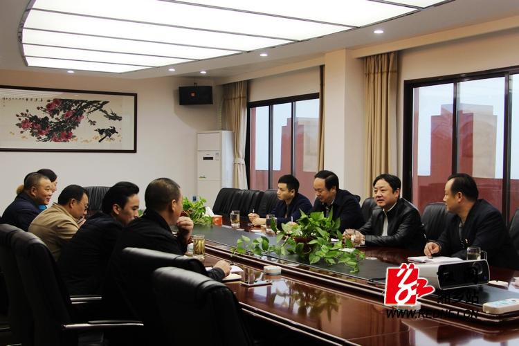 """张茂丰督查""""两新""""组织党建工作开展情况"""